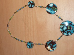 collier fimo Lavachequireve